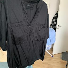 Moshi Moshi skjorte