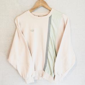 Vintage babylyserød Adidas sweatshirt! 🌸 DM for flere spørgsmål pg billeder ✌🏼