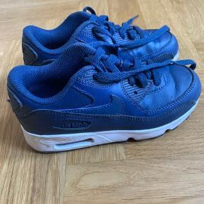 Nike Air Force sneakers  Brugt få gange