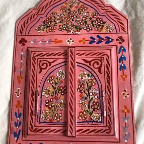 Smukt malet håndarbejde   Spej fra Marokko