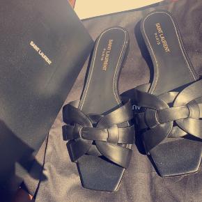 Yves Saint Laurent sandaler