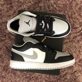 Air Jordan mid Grey  Size 38.5  Helt nye med boks