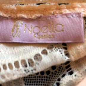 Sød buksedragt i str S fra Noelle Fashion  Kun brugt 1 gang