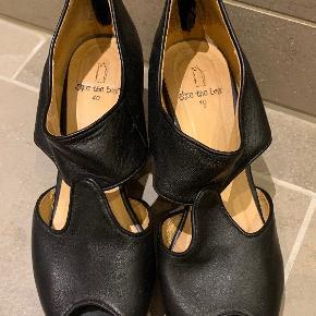 Shoe The Bear str. 40  Brugte, men fremstår næsten som nye!  Fin sål
