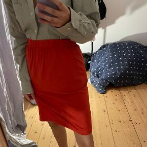Stinna nederdel