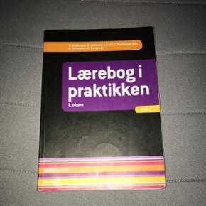 Lærebog i praktikken af H. Andersen, R. Lohmann Larsen, I. Raahauge Toft, E. Schousen, H. Sørensen. Bruge den til social og sundhedsassistent uddannelsen.