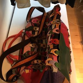 Octopus Weekendtaske. Næsten aldrig brugt, så er i rigtig fin stand.