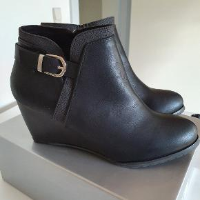 Wallis støvler
