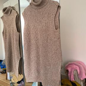 & Other Stories vest