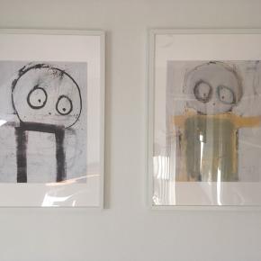 To Poul Pava-plakater i rammer fra IKEA. Prisen er for begge plakater inkl. rammerne.
