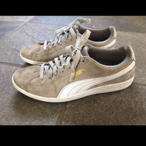 Lysegrå Puma sneakers