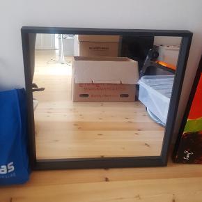 Ca 3 mdr. gl spejl fra Ikea. 65x65