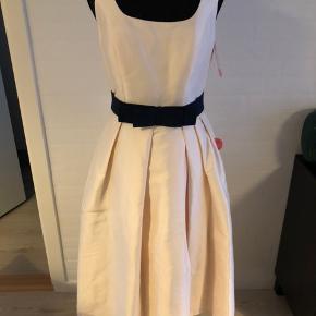 10b21cd6c241 Helt ny skater dress fra ASOS