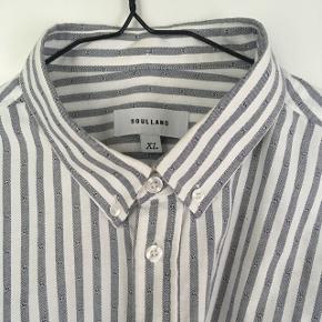 Køb to stykker tøj - få 50 % på det billigste valg :-)