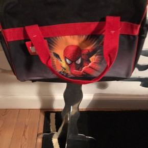 Spiderman taske fin stor hvis men lige skal på tur