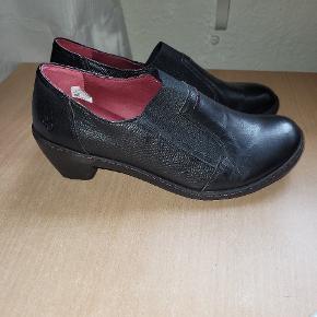 Green Comfort heels