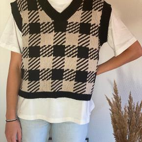 Shein vest