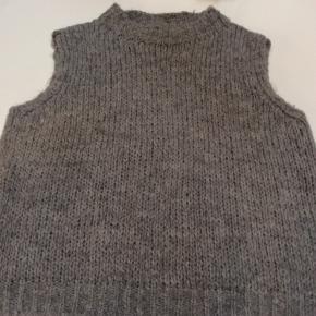 Noella vest