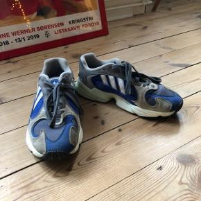 Adidas Yung-1 i størrelsen 39 1/3