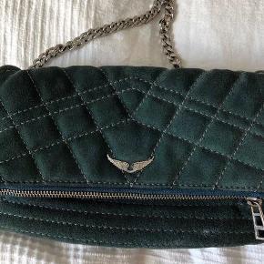 Sælger min lækre zadig taske til 1200, ellers BYD..bytter også gerne til en anden eller bare generelt en anden lækker taske..kæder og dustbag medfølger🥰