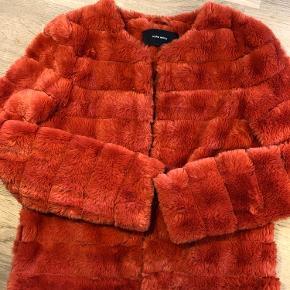 Rød/orange  Fake fur