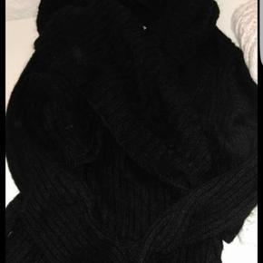 Sort uld strik aldrig brugt
