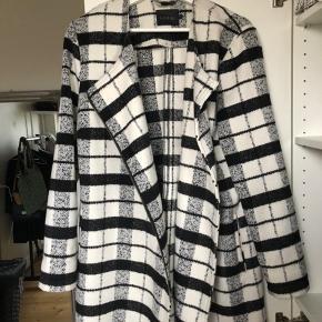 Gestuz coat