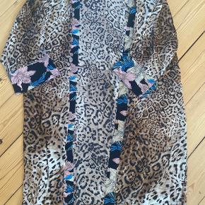Villa Collection kimono