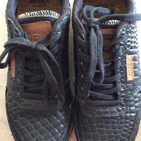 Skøn sko fra Woden, brugt, men stadig god