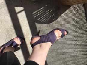 Vanessabruno stilet sandaler i fin stand  Lilla   Kom med et bud og se også alle mine andre annoncer 🌻🌞  Kan prøves, købes og afhentes i Lidkøb på Østerbro stand 7 - 03