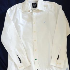 Sacoor Brothers never worn large white shirt
