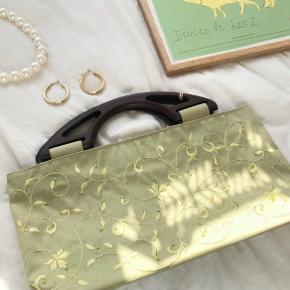 Cute grøn taske.🌱 200 kr uden fragt