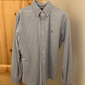 Polo Ralph Lauren skjorte i lyseblå str. M, Custom fit. Er som helt ny