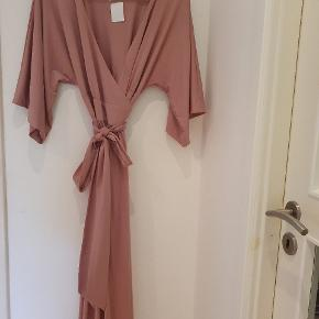 By Malina kjole eller nederdel