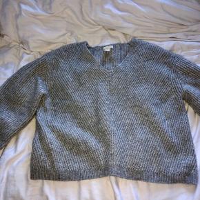 Rar chunky sweater fra H&M. Passer en s-m.  Ikke-ryger hjem.  🌸🌺