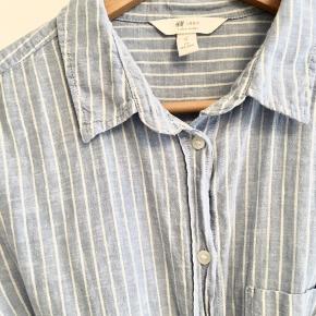 Kjole/skjorte fra sidste år. Lækker bomuldskvalitet ala Skall studio eller Aiayu
