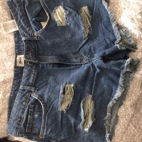 Shorts brugt 1 gang str m/l