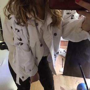 Boohoo jakke