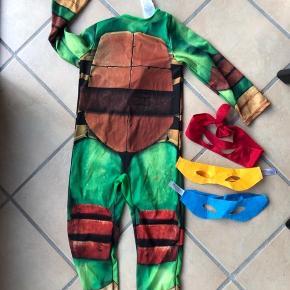 Ninja Turtles kostume - str. 5-6 år. Afh. Vester Nebel