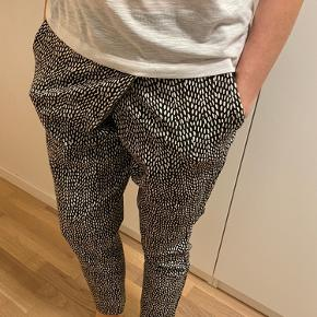 Max & Co. bukser