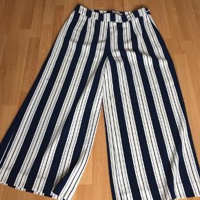Fine culotte bukser, kun brugt to gange, som nye.