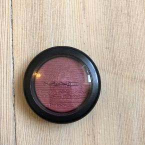MAC Extra Dimension Blush i farven Wrapped Candy  Brugt 1 gang  4 g
