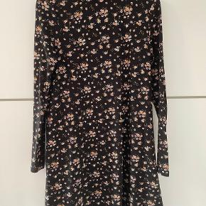 FB sisters kjole