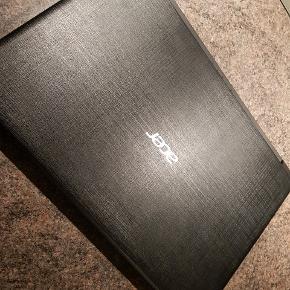 Acer aspire bærbar. Købt december sidste år, kun brugt til at spille sims4 på.  Hentes i 6710.