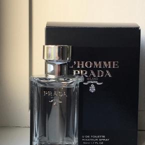 L'Homme Prada edt 50 ml kun brugt som på foto. mp 250 + p (dao) over mobilepay  Bud under mindsteprisen FRABEDES og jeg bytter IKKE