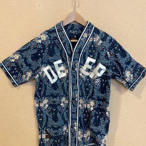 10.Deep skjorte