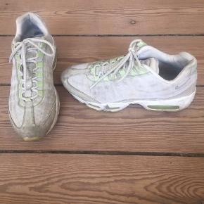 Nike air max. Underliggende (diskret) selvlysende leopardmønster. Købt i Wood Wood
