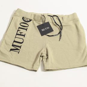 MUF10 shorts