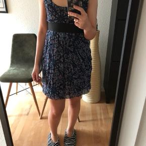 Zara short dress in very good condition.