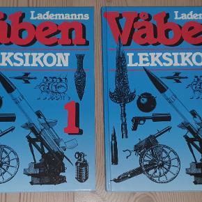 """""""Lademanns Våbenleksikon"""" - Del 1 og Del 2. PÅ dansk ved oberstløjtnant Viggo Andersen.  Forlaget Danmark, 1991.  Begge bind fremstår fine og velholdte."""